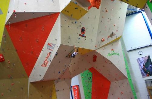 Kletterausrüstung Wien : Kletterhalle wien auf sunny at