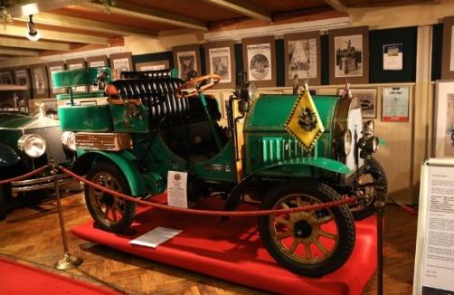 Automobilmuseum stockerau auf for Auto stockerau